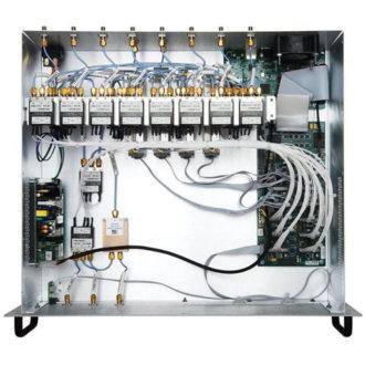 EX7300 - Châssis de commutation RF/Hyperfréquence personnalisable, LXI
