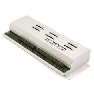 USB-PDISO8 - Baîtier USB avec 8 relais de forme C et 8 entrées isolées haute tension